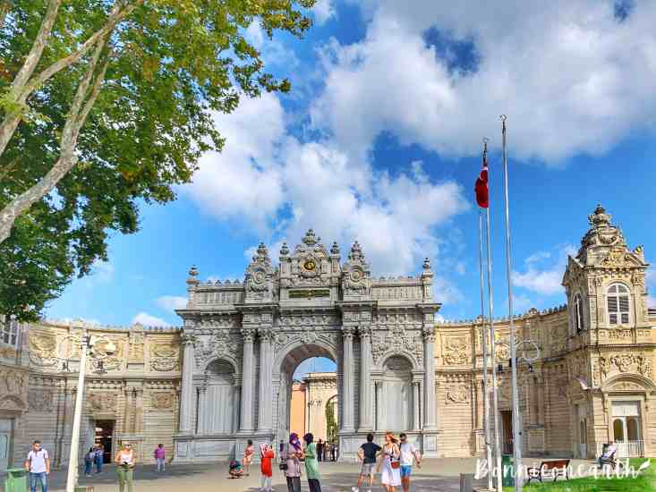 Dolmabahce Palace (Dolmabahçe Sarayı) 多爾瑪巴赫切宮