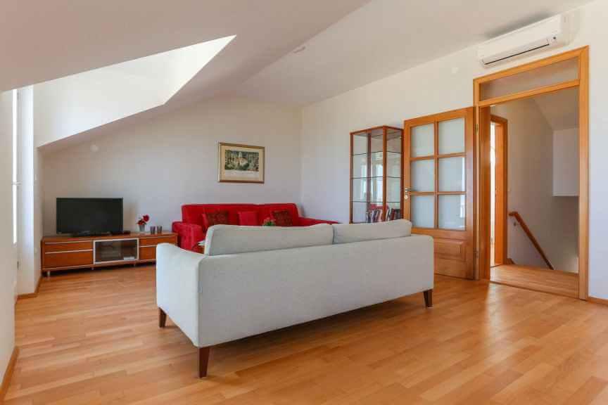 克羅埃西亞Dubrovnik杜布羅夫城市推薦airbnb 客廳
