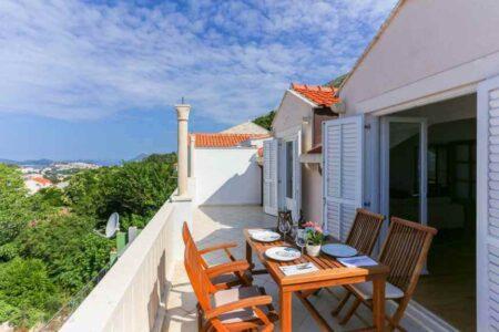 克羅埃西亞Dubrovnik杜布羅夫城市推薦airbnb 陽台