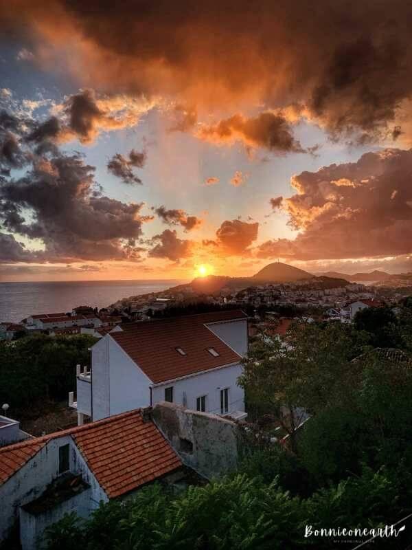 克羅埃西亞Dubrovnik杜布羅夫城市街景陽台